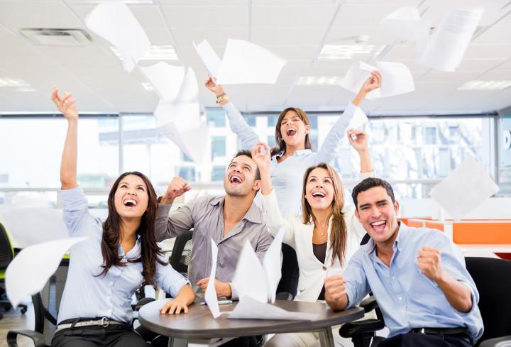 Квест в офисе как поздравление